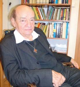 "August Kowalcziki 277x300 Cartea care ii innebuneste pe europarlamentari: ""Radacinile naziste ale Bruxelles UE"""