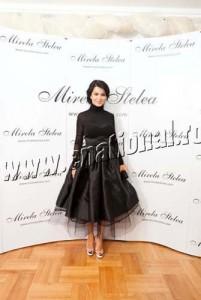 Simona Patruleasa1 201x300 Mirela Stelea a convins o pe Andreea Marin sa poarte negru