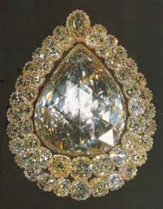 """diamant topkapi 234x300 """"Suleyman Magnificul"""" intoarce moda bijuteriilor otomane"""