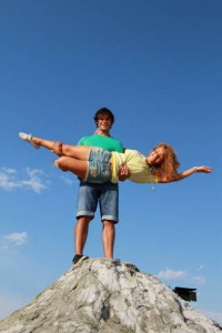 pariu cu viata5 200x300 Pariu cu viata: Monica si Dima se casatoresc. Afla totul despre peripetiile de la filmari!  FOTO