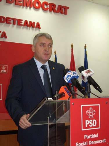 Adrian Tutuianu 11 Ministrul Apararii, inaintea sedintei de Guvern:Resping orice idee care atesta ca pensiile vor scadea