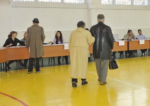 VOTARE FANE 5 Alegeri locale partiale in mai multe orase si comune din tara