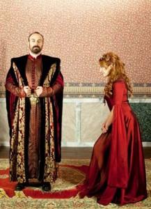 """suleyman1 217x300 Uite cat castiga Halit Ergenç cu rolul din """"Suleyman Magnificul"""""""