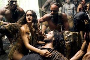 the new world colin farrel Qorianka Kilcher 300x200 Iubitul indiencei Pocahontas a fost mercenar in oastea lui Mihai Viteazul
