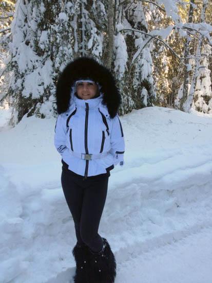 udrea munte Elena Udrea implineste 39 de ani. Vezi cum a petrecut de Craciun