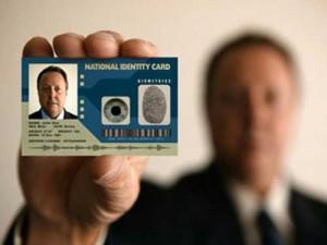 """ID card 300x225 Identificarea vitelor. Bilderbergii preseaza introducerea """"cardurilor biometrice"""" la nivel global"""