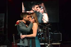 concert Tg. Mures 300x200 Alina si Dorian se saruta si se imbratiseaza in toate pozele