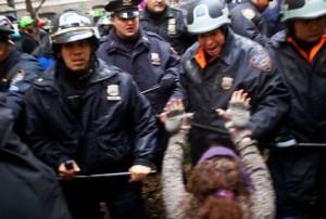 proteste1 300x202 America se pregateste de razboi civil!