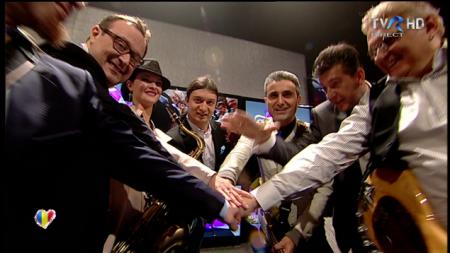 robert turcescu 450x253 EUROVISION 2013: Robert Turcescu, surpriza serii! Iata primii finalisti de pe 9 martie! (VIDEO)