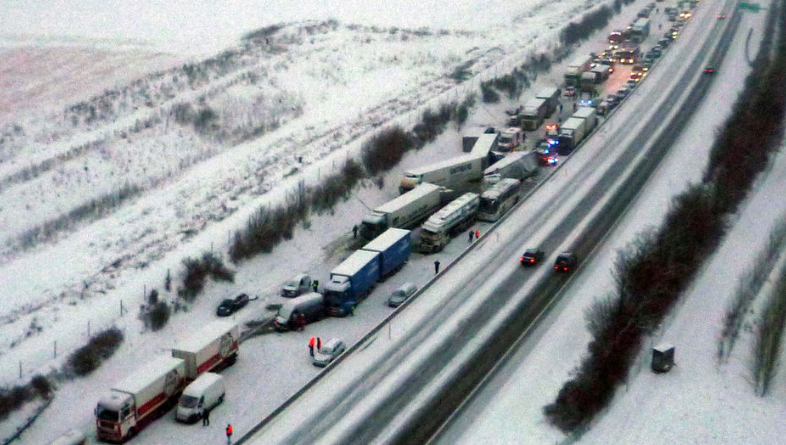 Austria weather chaos: 100 vehicle pile-up on motorway A1, 1 dead ...