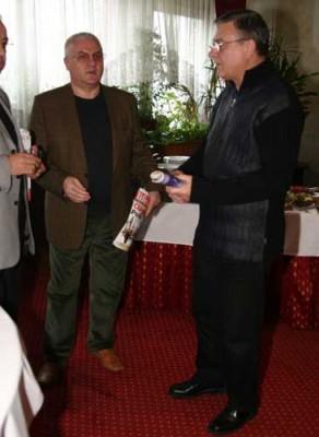 dragomisanduFANE 292x400 Sandu si Dragomir asteapta decizia definitiva in dosarul dezafilierii Universitatii Craiova