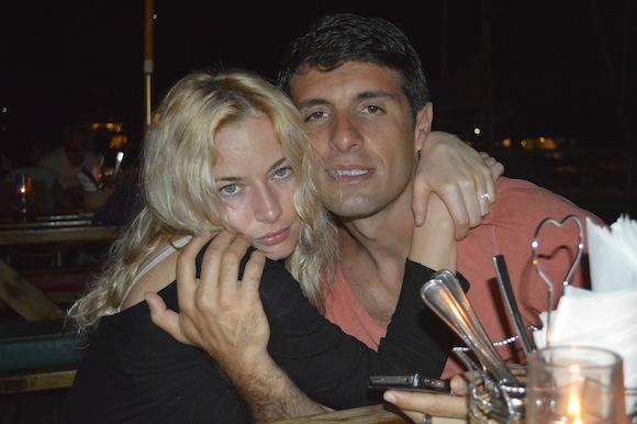 laura1 Laura Cosoi si iubitul ei, imagini spectaculoase din Paradis! (FOTO)