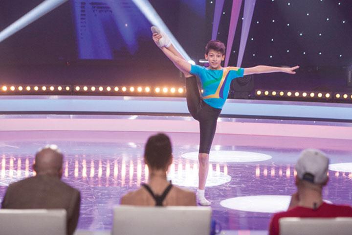 """Cocos Gabriel4 """"Romania danseaza"""" si a desemnat semifinalistii! Primii 12 care merg mai departe"""