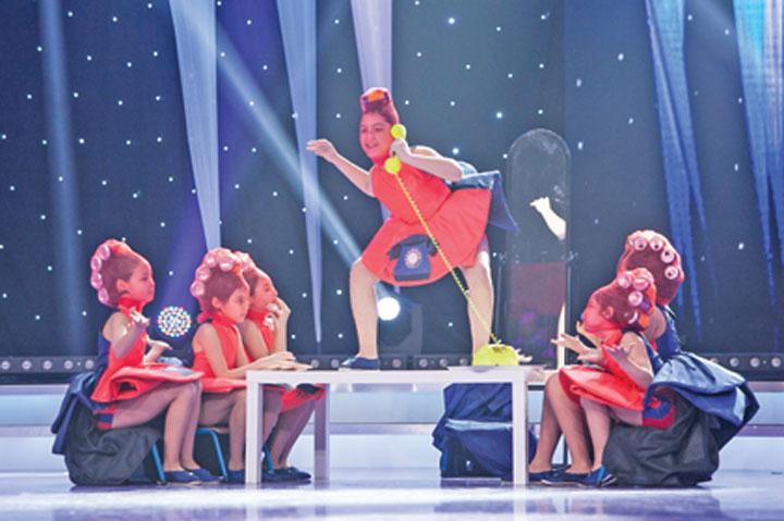 """DANCE WORLD JUNIOR2 """"Romania danseaza"""" si a desemnat semifinalistii! Primii 12 care merg mai departe"""
