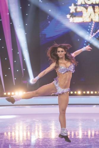 "Roxana5 334x500 ""Romania danseaza"" si a desemnat semifinalistii! Primii 12 care merg mai departe"