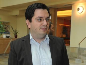 NICU BANICIOIU FANE 7 350x264 UPDATE: Congres PSD. Andronescu si Banicioiu au parasit nemultumiti sala. DECLARATII