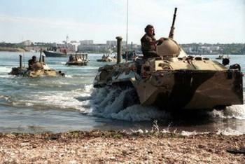 RU marines amphi 350x234 Cazul Snowden sparge buba in Orientul Mijlociu: Rusii s au retras din Siria. Israelul in alerta maxima de razboi!