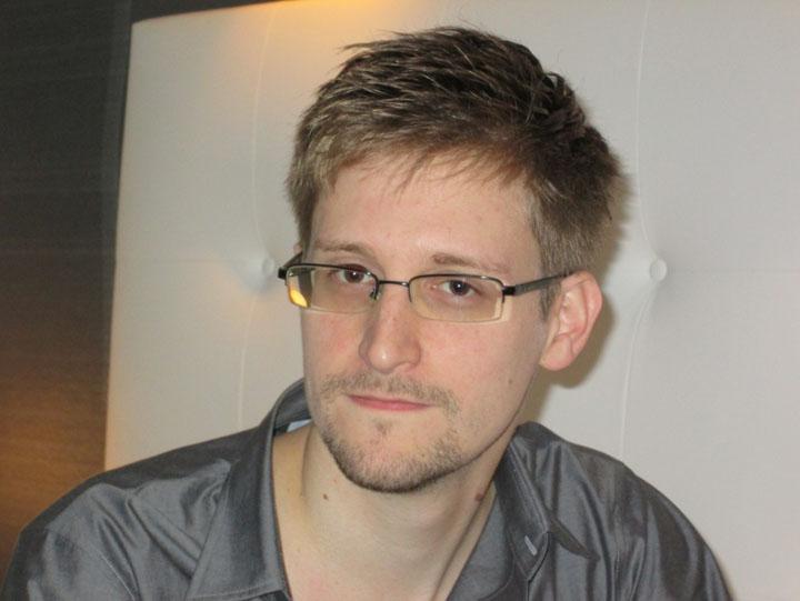 snowden1 Cazul Snowden sparge buba in Orientul Mijlociu: Rusii s au retras din Siria. Israelul in alerta maxima de razboi!