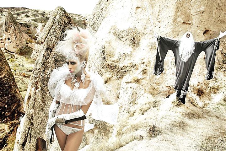 barbara botezatu Barbara de la Next Top Model a nascut acum o saptamana.  Preferata lui Catalin Botezatu a devenit mamica