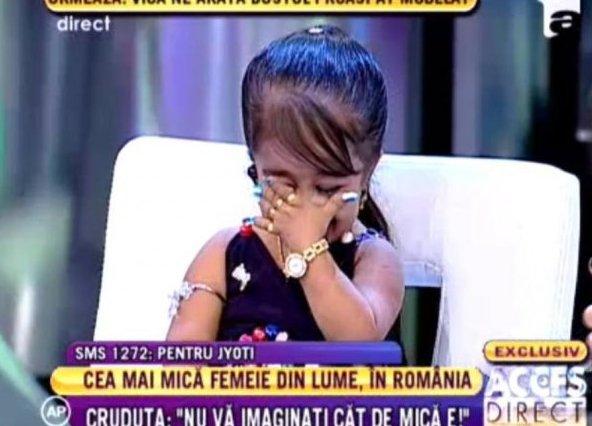 636x481 137813422159be4657 Jyoti Amge A IZBUCNIT in lacrimi, in DIRECT! Simona Gherghe a facut o sa planga!
