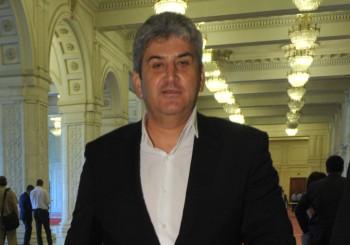 GABRIEL OPREA FANE 2 350x245 Fostul ministru Gabriel Oprea, la DNA