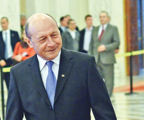 Traian Basescu Discurs Parlament Narcis Pop 15 603x500 Prima reactie a lui Traian Basescu dupa ce procurorii au trimis o in judecata pe fiica sa, Ioana