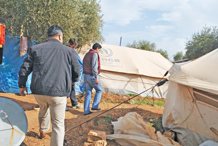 """Dr """"National"""" si Community Aid Romania, cu ajutoare in Siria!  Tabara de refugiati Atma, """"emblema"""" indiferentei internationale"""