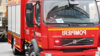 pompieri 41992500 350x196 Incendiu in Baile Herculane. Circulatia rutiera, afectata