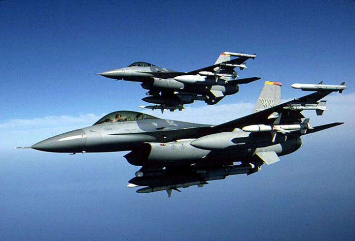 F161 Cui isi vinde Romania industria de armament?