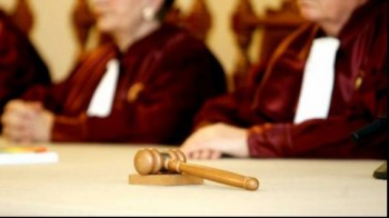 ccr 1385442800 350x196 CCR: Infiintarea sectiei speciale pentru anchetarea magistratilor, constitutionala