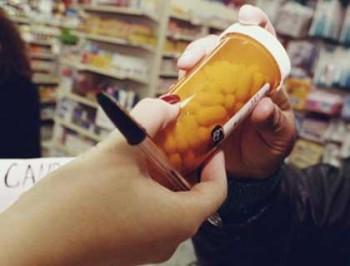 medicamente2 350x266 OUG. Plata CASS, eliminata pentru cei cu indemnizatie de crestere a copilului, dar nu numai