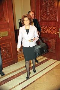 rovana plumb RICA PETRESCU 200x300 Conducerea PSD discuta situatia vicepremierului Shhaideh si a ministrului Plumb