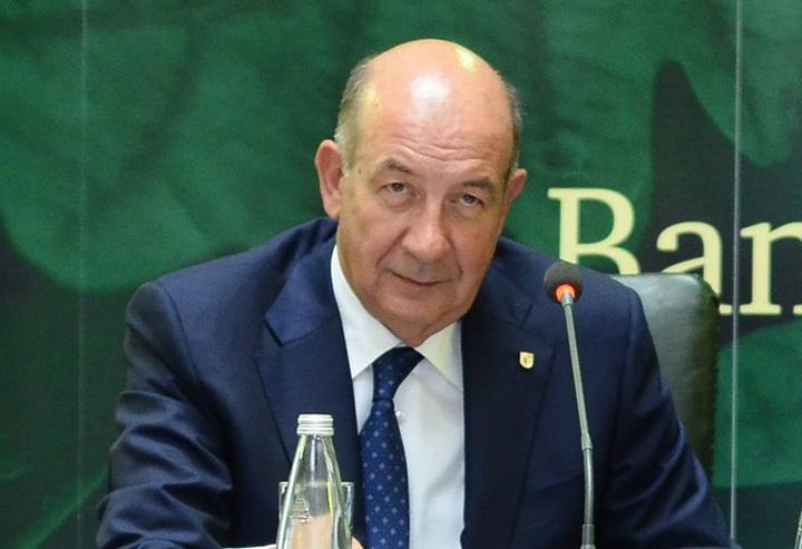Ghetea ganditor pe lat Se anunta o schimbare la varful CEC Bank