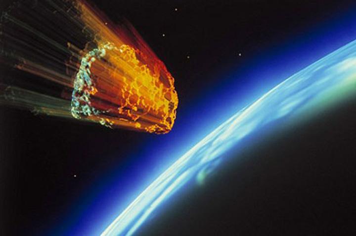 asteroid Un asteroid de marimea unui autobuz era sa strice mini vacanta de 1 Mai a pamantenilor