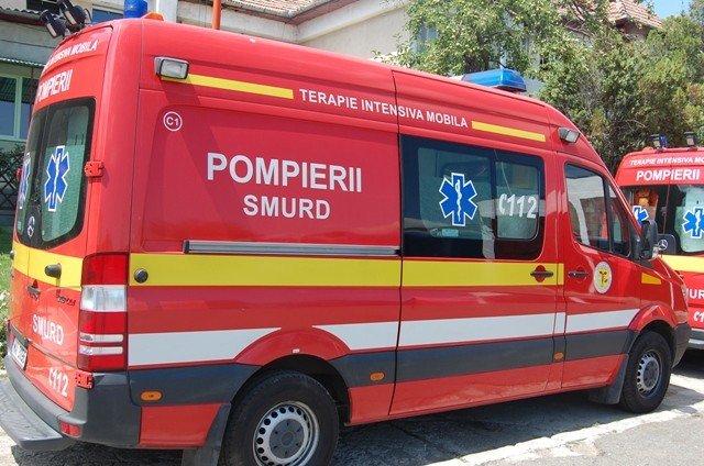 ambulanta smurd ContinuVerificarile in cazul mortii lui Gyuri Pascu, in plina desfasurare in ziua inmormantarii artistuluia verificarile in cazul mortii lui Gyuri Pascu