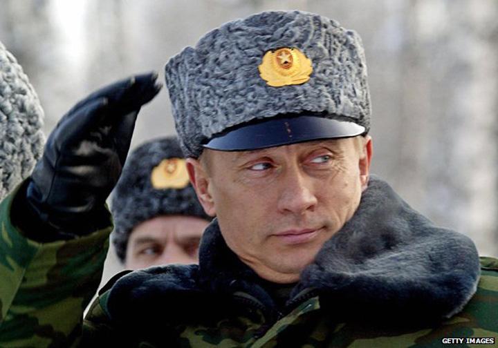 "putin tifet Avertisment din Rusia: ""Va fi razboi in Europa!"""