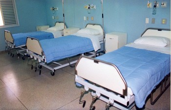 spital 350x225 A murit unul dintre barbatii incendiati la Galati