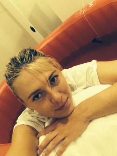 10610918 10152268339467680 359852107332104468 n sarapova 375x500 Halep nu pierde locul 2 WTA! Sarapova, eliminata la Madrid Open