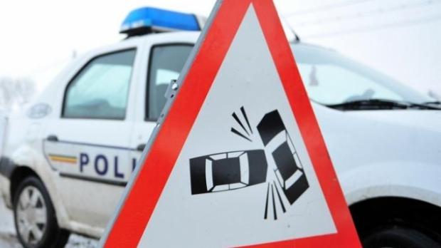 accident circulatie masina politie Politist mort intr un accident de motocicleta in Dambovita