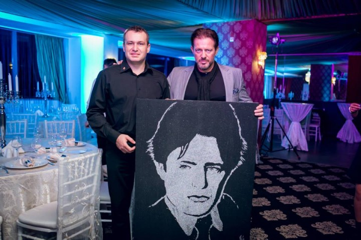 bogdan olteanu pictor 720x480 Ionut Iftimoaie si Leonard Doroftei, premiati la gala Celebrity Awards   FOTO
