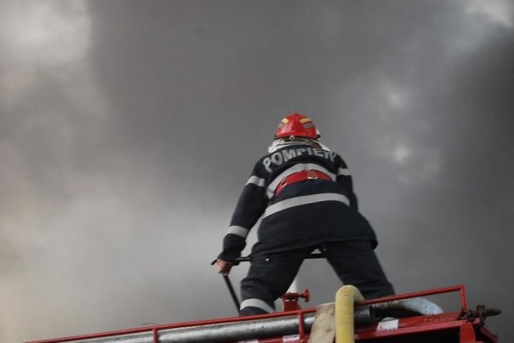 pompieri 720x481 Trei frati au pierit in conditii cumplite