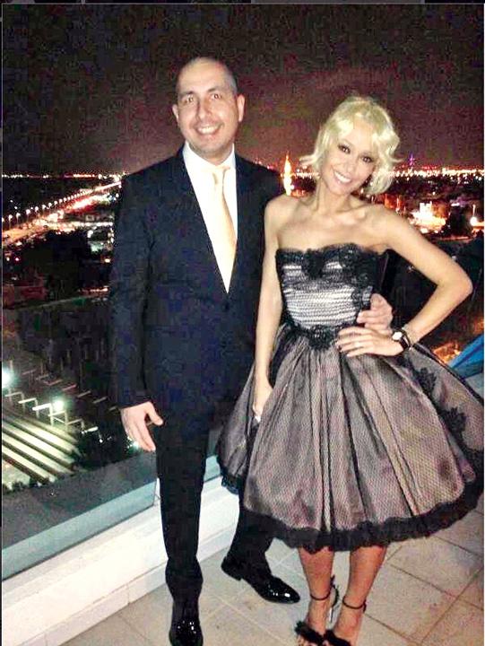 """10 Fata lui Ioan Rus isi cumpara prieteni celebri cu miliardele """"mafiei gunoaielor"""""""