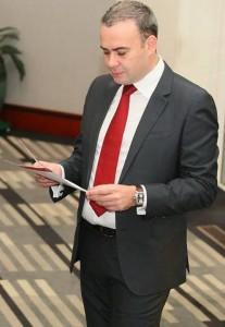 Darius Valcov inalt 207x300 Valcov e consilier al premierului Dancila