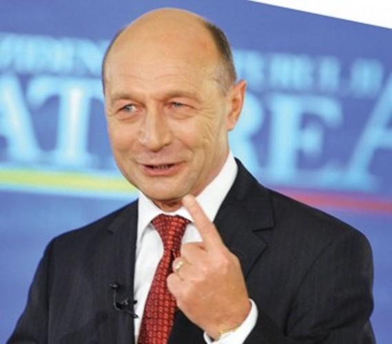 TRAIAN BASESCU FANE 323 342x300 569x500 Basescu, la Cotroceni. Vine sa discute cu Iohannis, in runda a doua a consultarilor