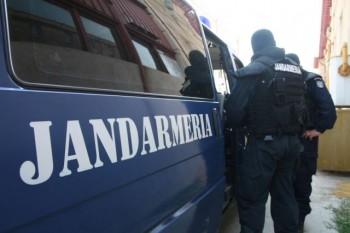 jandarmi 350x233 Fratii dati disparuti dupa ce ar fi fost rapiti de propriul tata, gasiti in Capitala