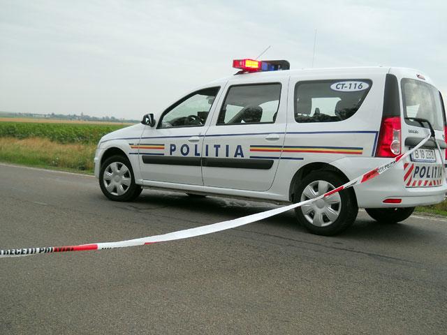 masina politie Un TIR plin cu sucuri s a rasturnat pe DN1A