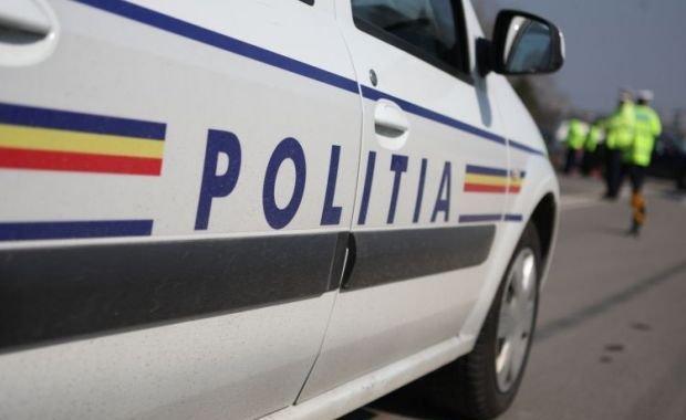 masina politie4 Fetita disparuta in urma cu o saptamana, gasita teafara