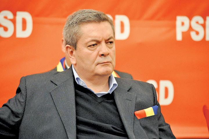 "rus Fata lui Ioan Rus isi cumpara prieteni celebri cu miliardele ""mafiei gunoaielor"""