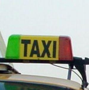 taxi Controale la taximetristii din zona aeroporturilor din Capitala si patru orase: zeci de amenzi