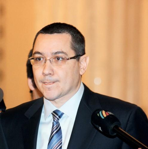 VICTOR PONTA RICA PETRESCU1 495x500 Avertismentul lui Ponta: Stiu atatea adevaruri ca nu terminam in 5 ani!